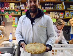 La tiella è una specialità gastronomica tipica della città di Gaeta
