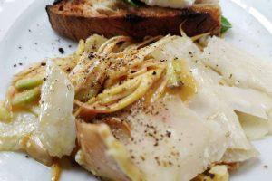 insalata di carciofi e grana